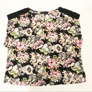 Forever 21 Plus Sizes Floral Sleeveless Top